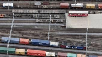 Hupac steht hinter den umstrittenen Containerumschlagplätzen in Basel-Nord und Limmattal.