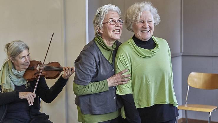 Die grosse Mehrheit der älteren Menschen in der Schweiz fühlt sich wegen ihres Alters nicht stigmatisiert sowie gesellschaftlich anerkannt. (Archivbild)