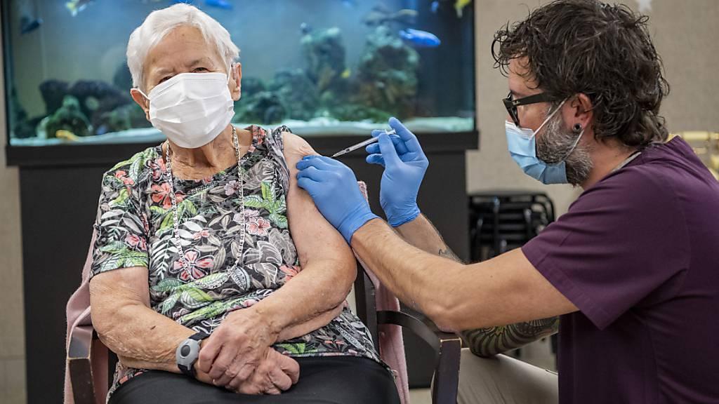 Viele wollen sich impfen lassen – doch der Stoff ist knapp
