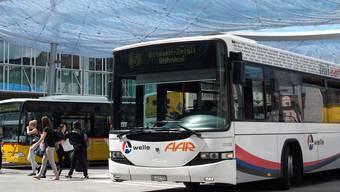 Daran dürfte sich auch in Zukunft nichts ändern: Weisser Bus, gelbes Postauto.