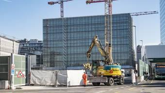 Auf einer Baustelle der Roche kam es am Mittwoch zu einem tödlichen Unfall. (Archivbild)