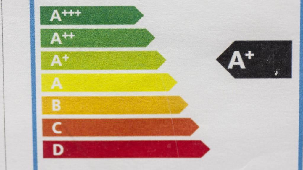 Die Anschaffung eines energieeffizienten Haushaltsgeräts lohnt sich - aber nicht ganz immer. Bei einem Geschirrspüler dauert es gemäss einer deutschen Studie 19 Jahre, bis der Aufpreis amortisiert ist. Bis dahin dürften die meisten Maschinen kaputt oder veraltet sein. (Symbolbild)