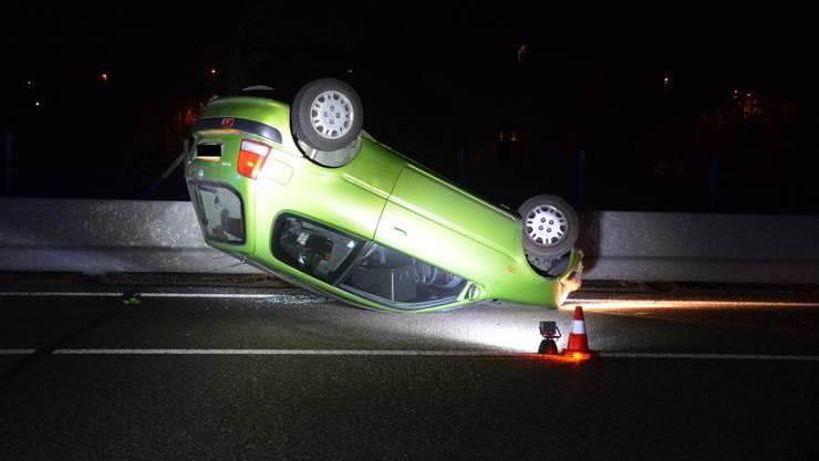 Zum Unfall auf der A22 kam es kurz vor 20.30 Uhr in Fahrtrichtung Liestal kurz vor der Ausfahrt Lausen.
