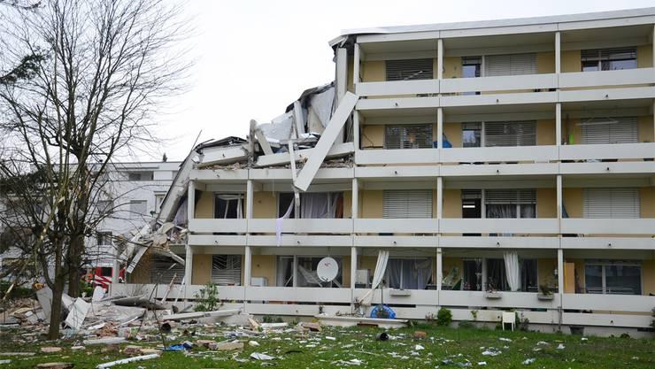 Bei der Explosion in der Prattler Längi wurden der Verursacher und sieben weiter Personen verletzt.