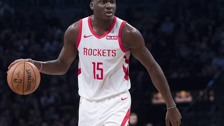 Der Genfer Clint Capela befindet sich in der NBA weiter auf dem Weg nach oben