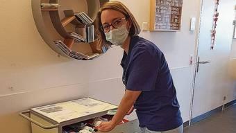 Hebamme Claudia Spielmann im Kantonsspital Aarau.