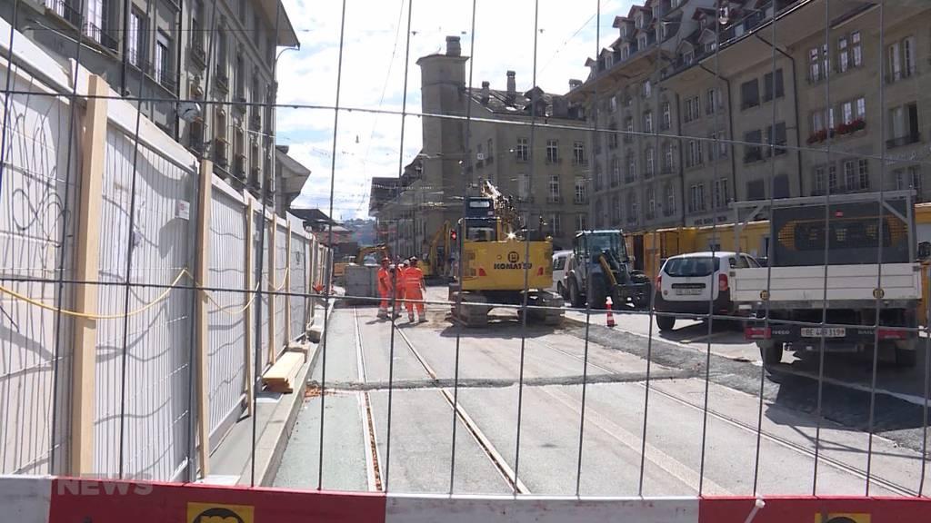 Zytglogge-Baustelle: Jetzt kommen die Gleise raus