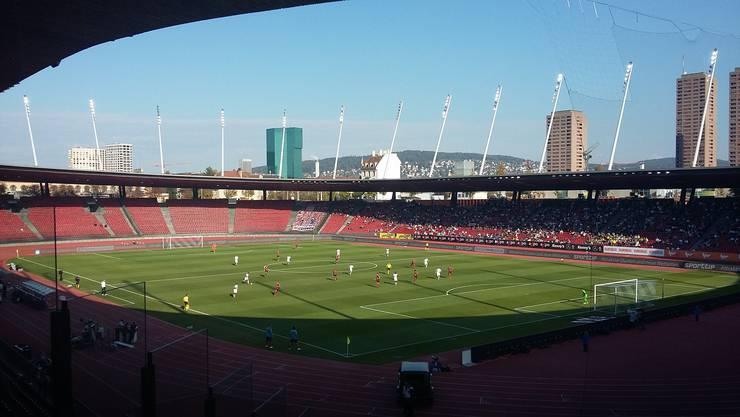 Eine Mietzinsreduktion für das Stadion Letzigrund – die Vereine GC und FCZ erhalten finanzielle Unterstützung. (Archivbild)