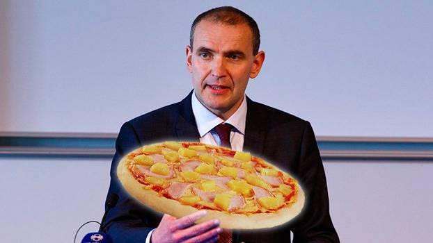 Gudni Th. Johannesson am 26 Mai, damals noch Präsidentschaftskandidat (Keystone) und eine Pizza Hawaii (iStock/vitalssss) / Bildmontage: FM1Today