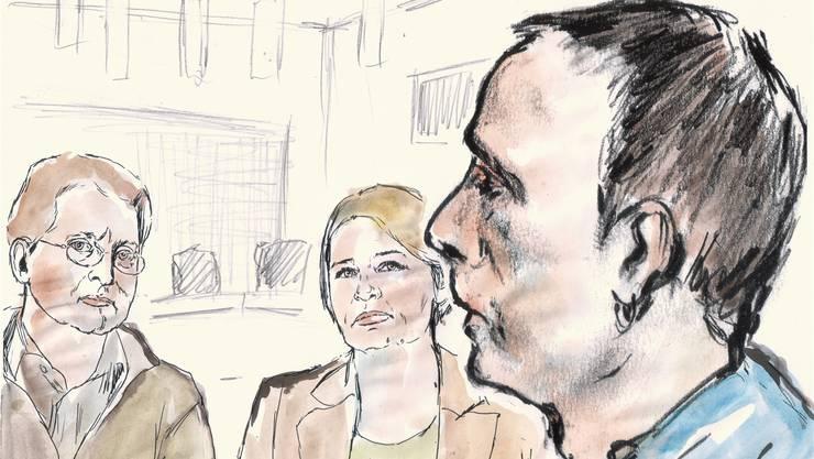 Während des Prozesses sahen Lucies Eltern, Roland und Nicole Trezzini, von Zeit zu Zeit zum Mörder ihrer Tochter, Daniel H. Alfi Moor