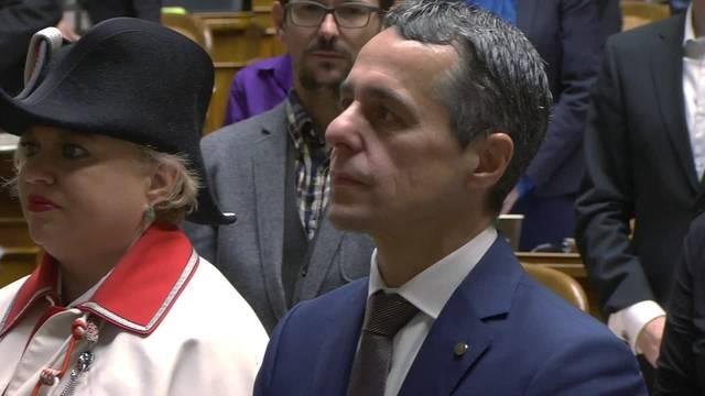 «Lo giuro»: Hier wird der neue Bundesrat Cassis vereidigt