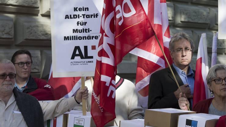 Initiative gegen Pauschalsteuer wurde am Freitag eingereicht