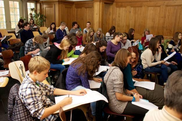 Der Lateintag findet auch viele interessierte junge Leute