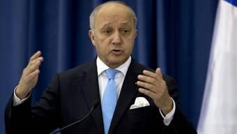 Aussenminister Laurent Fabius (Archivbild) will wegen der Enthüllungen zu Abhöraktionen in Frankreich mit der US-amerikanischen Botschafterin Jane Hartley sprechen