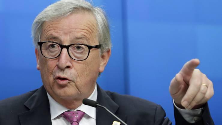 Der luxemburgische Kleinstaatler behauptet entsprechend, ein Schweiz-Versteher zu sein.