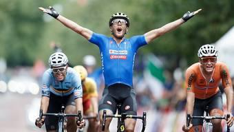 Matteo Trentin - im Bild bei seinem Sieg an der EM 2018 - gewinnt in Gap die 17. Etappe der Tour de France