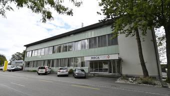 Das Firmengebäude von Mecaplex in Grenchen.