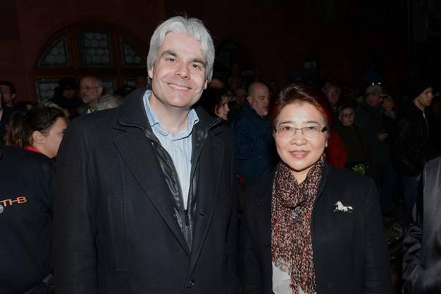 Regelmässiger mit erstmaligem Zaungast: Liestals Stadtpräsident Lukas Ott und die chinesische Botschafterin Xu Jinguh.