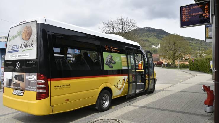 Ob der Oensinger Ortsbus auch 2017 noch durch das Dorf rollt, entscheidet die Gemeindeversammlung.