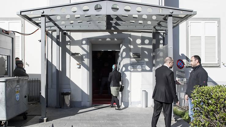 Die Armee wird per Ende Jahr keine Konsulate in der Stadt Zürich mehr bewachen. Hier im Bild: Das türkische Konsulat in Zürich. (Archiv)