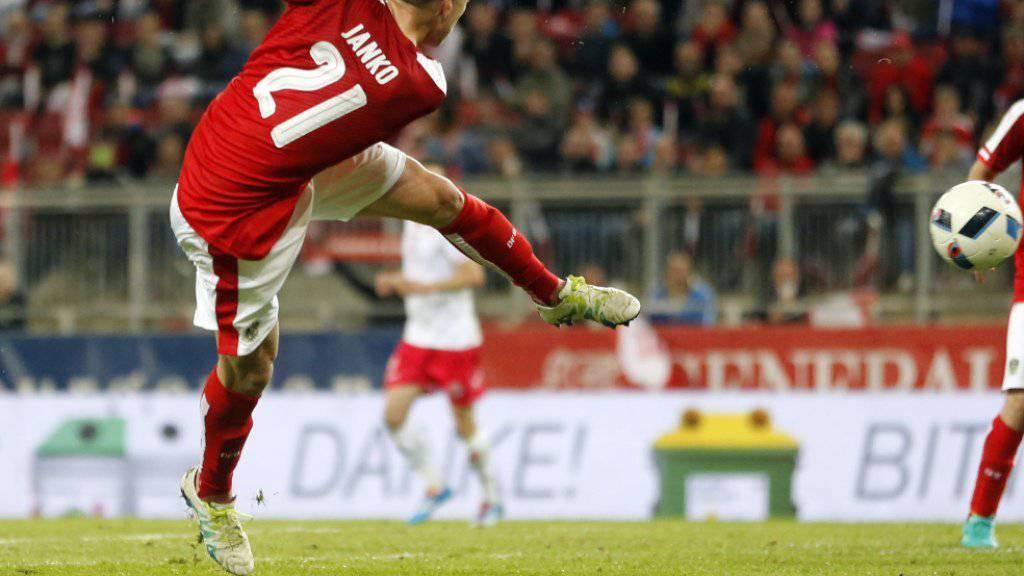 Der Basler Marc Janko im Abschluss für Österreich gegen Malta (2:1)