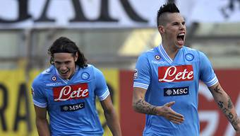 Hamsik (rechts) und Cavani waren für Napolis Auswärtssieg besorgt