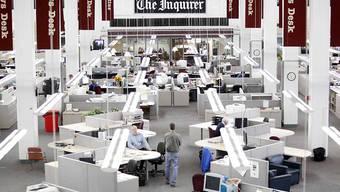 """Blick in den Redaktionsraum der US-Zeitung """"The Philadelphia Inquirer"""". (Archivbild)"""