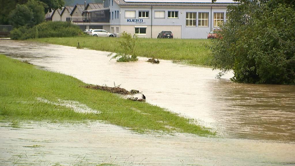 Starke Regenfälle: Unwetter sorgen für Hochwassergefahr