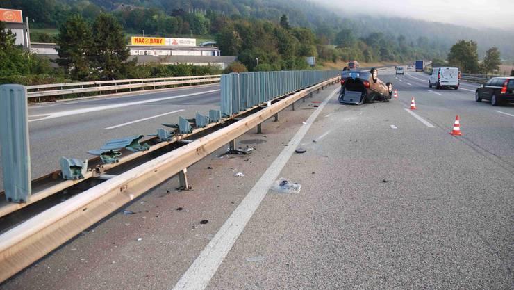 Auf der A2 bei Egerkingen kam es am Dienstagmorgen zu einer Kollision zwischen einem Sattelmotorfahrzeug und einem Auto.