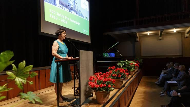 Ida Boos, Geschäftsleiterin der Pro Senectute  eröffnet den Anlass
