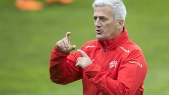 Hat seine Mannschaft kräftig durcheinander gewürfelt: Nationaltrainer Vladimir Petkovic veränderte die Schweizer Equipe gegen Panama auf acht Positionen
