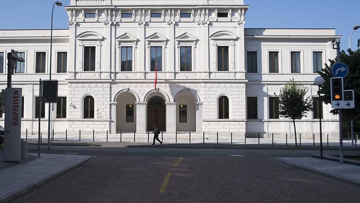 Die Bundesanwaltschaft fordert vier Jahre Freiheitsstrafe für einen Italiener wegen Mitgliedschaft in der 'Ndrangheta. Die Verteidigung will einen Freispruch. (Themenbild)