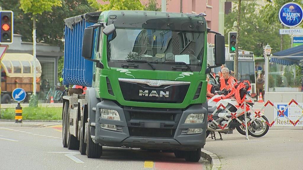 Ein Lastwagen aus dem Thurgau war in den Unfall verwickelt.