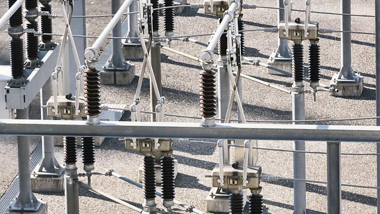 Das Traditionsfirma Weidmann, die auch Zubehör für Energietransformatoren herstellt, verlagert Teile der Produktion ins Ausland. Betroffen sind maximal 120 Stellen der Elektroniksparte.(Symbolbild)
