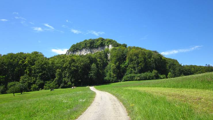 Schauenburgerflueh    Und hier unter diesem Berg ist auch das Felsenheim von der Männerriege Frenkendorf