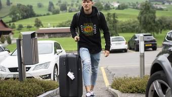 Gregor Kobel, hier bei einem Nationalmannschafts-Zusammenzug, siedelt temporär von Hoffenheims Domizil Sinsheim nach Augsburg um