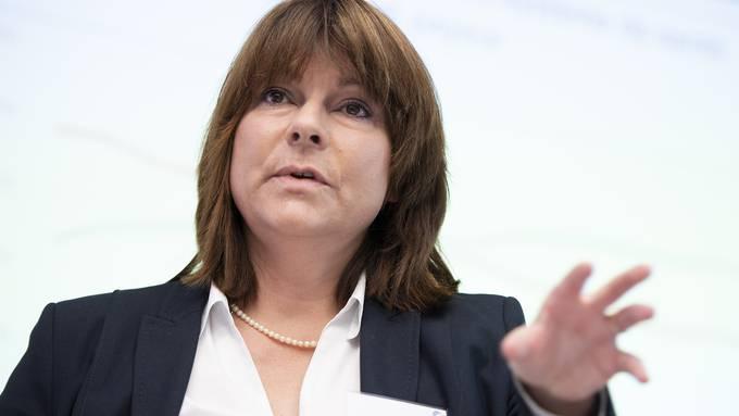 «Prämien steigen um weniger als ein Prozent», beruhigt Santésuisse-Direktorin Verena Hold.