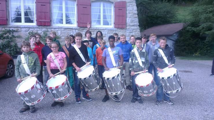Gruppenfoto der beiden Trommelschulen