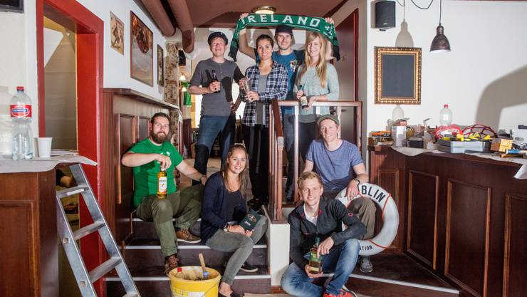 Das Team des «Red John»: Samuel Meyer, Eliane Reusser, Tom Middelweerd und Wanna Etter (h. v. l.), sowie Fritz Röthlisberger, Lisa Blankart, Philipp Dornbierer und Dominic Dornbierer (v. v. l