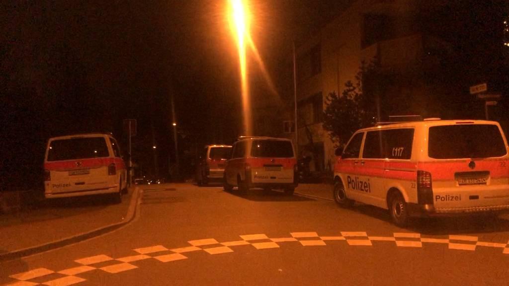 Fahrzeugkontrolle am Rigiplatz (ZH): Mehrere illegale Gegenstände sichergestellt