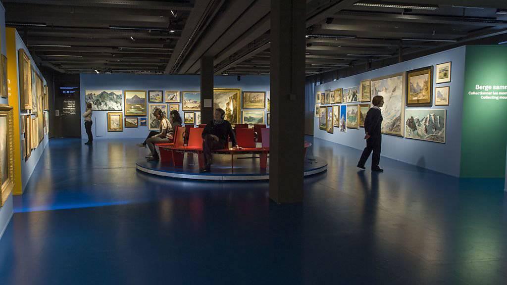 Ein Berg schöner als der andere: Das Alpine Museum in Bern öffnet für eine neue Ausstellung seine Gemäldeschatzkammer und befragt die Liebe der Schweizer zu ihren Gipfeln, Hörnern, Hubeln und Graten.