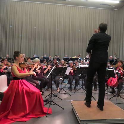 Der Orchesterverein Brugg (OVB) feierte mit dem Jubiläumskonzert «Cinema» seine 200-jährige Vereinsgeschichte. Zusammen mit der Stadtmusik Brugg entstand ein aussergewöhnliches musikalisches Fest.