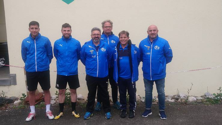 Präsident Mike Marti und Sportchef Berat Fetaj freuen sich, dass die erfolgreiche Zusammenarbeit mit den beiden Trainerduos weitergeführt wird.