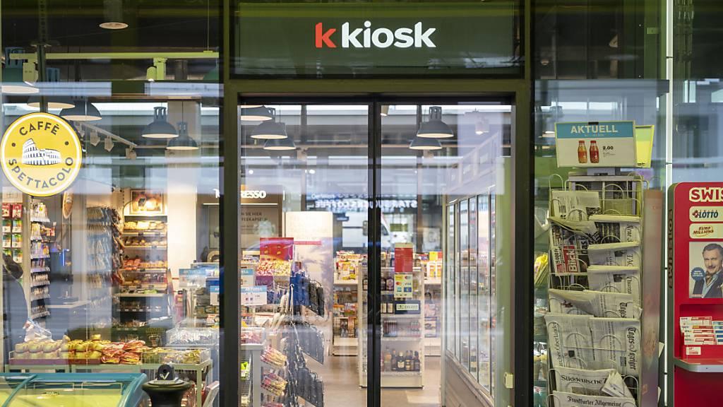 Die Verkaufsstellen von «k kiosk» und «Press & Books» empfangen und verschicken nun auch UPS-Päckli. (Archivbild)