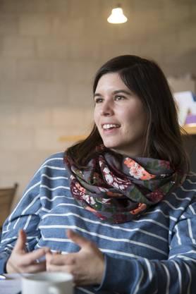 """Daniela Plüss arbeitet als Heilpädagogin oder """"2. Lehrerin"""" mit vier Klassen im Schulhaus."""
