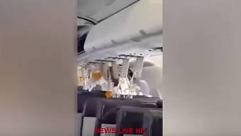 Nichts für Flugängstige: Dieses Video machte ein Passagier während des Zwischenfalls.