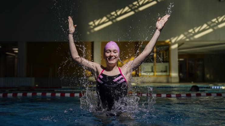 Seit der Grundschule ist Nina Stähelin im Synchronschwimmen aktiv.