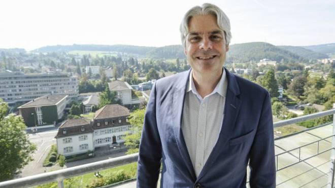 Strahlemann Lukas Ott (50) sieht für den Kantonshauptort eine prosperierende Zukunft. Foto: Martin Töngi