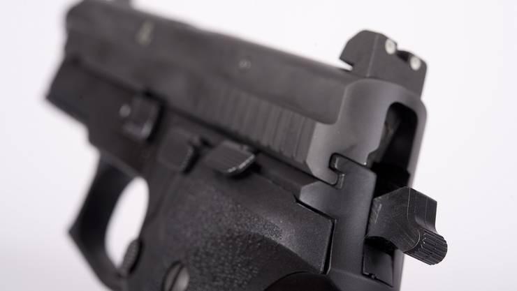 Bei der Auseinandersetzung wurde eine Luftdruckpistole abgefeuert. (Symbolbild)