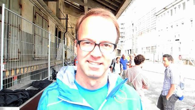 Axel Wüstmann, CEO der AZ Medien, wanderte auf der siebten Etappe des Leserwandern 2016 mit.